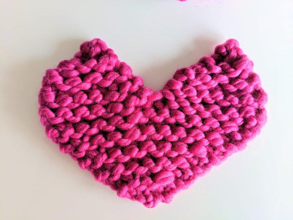 Simple Knitted Heart Beginner